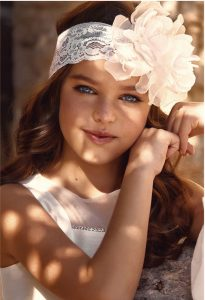 Petit communion hair band in lace and flower