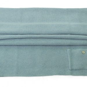 Blue knitted wool and cashmere blanket