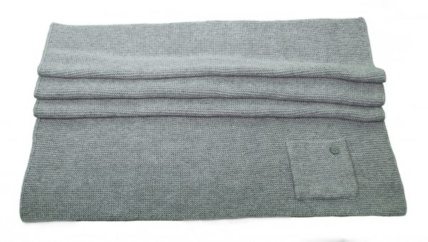 Grey knitted blanket in wool and cashmere