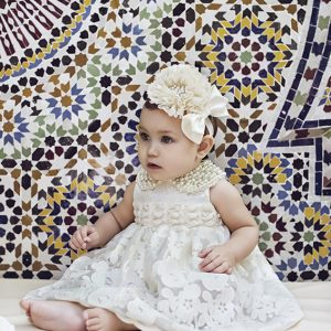 Baby lace dress with pearl collar