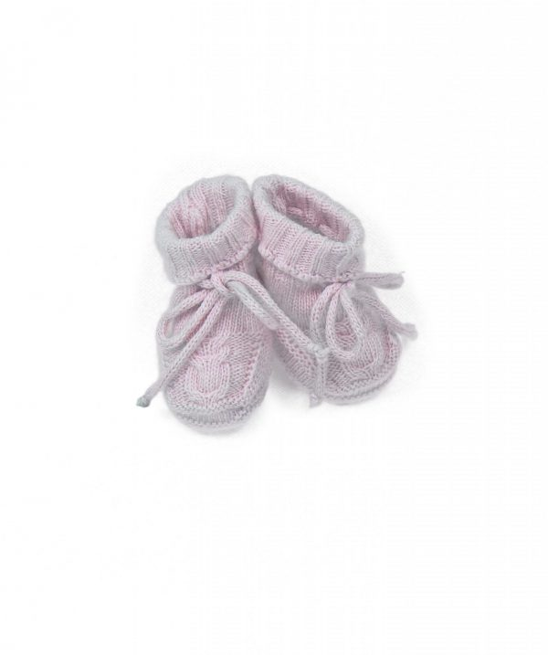 Baby booties cable knit